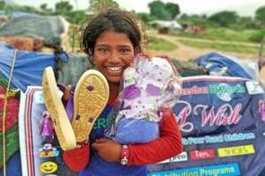 Provide Gift & food to 500 Street Children