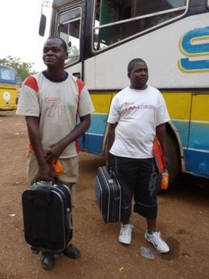 Jaspan & Christopher arriving in Boromo