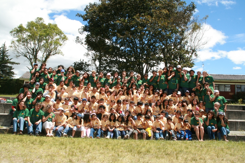 Campo Amigo Ecuador Group Photo 2008