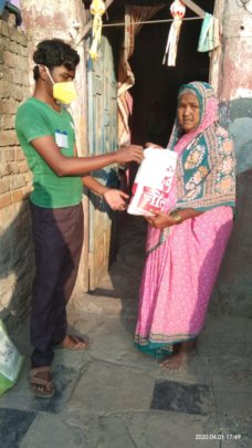Ration kits feed children's families for 1 week