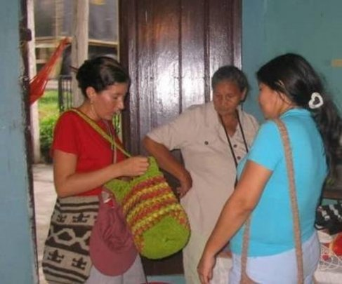 Help Colombian Families Displaced by War