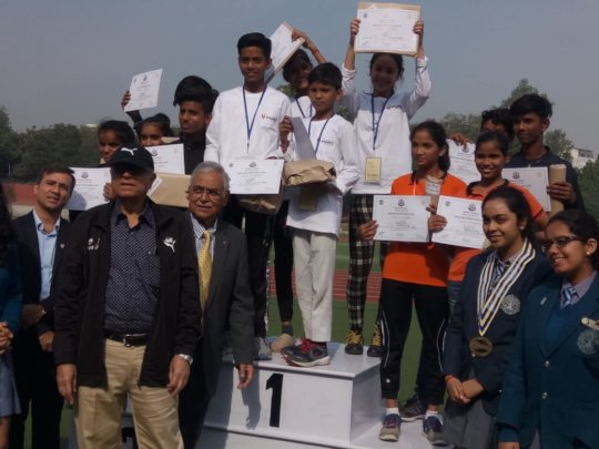 Victorious Team- Students of Maitrigram win prizes