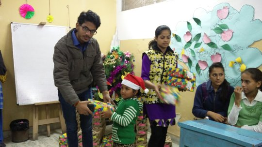 Children get excited for their X-mas gifts