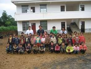 Group Photo taken in Pingzi Primary School