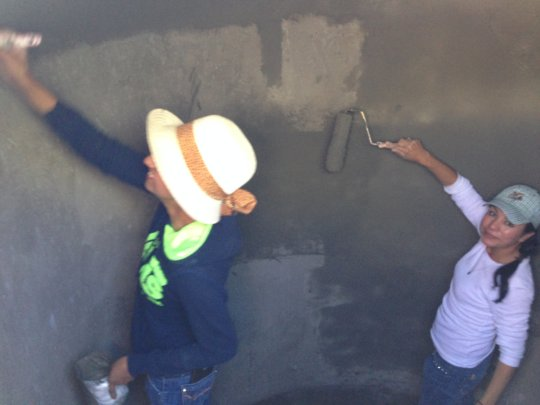 Sealing the inside of the cistern