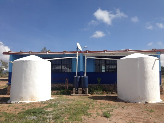 2 rainwater systems in community primary school