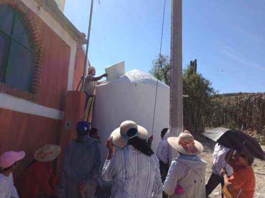 Caminos staff inspects system in Los Platanos