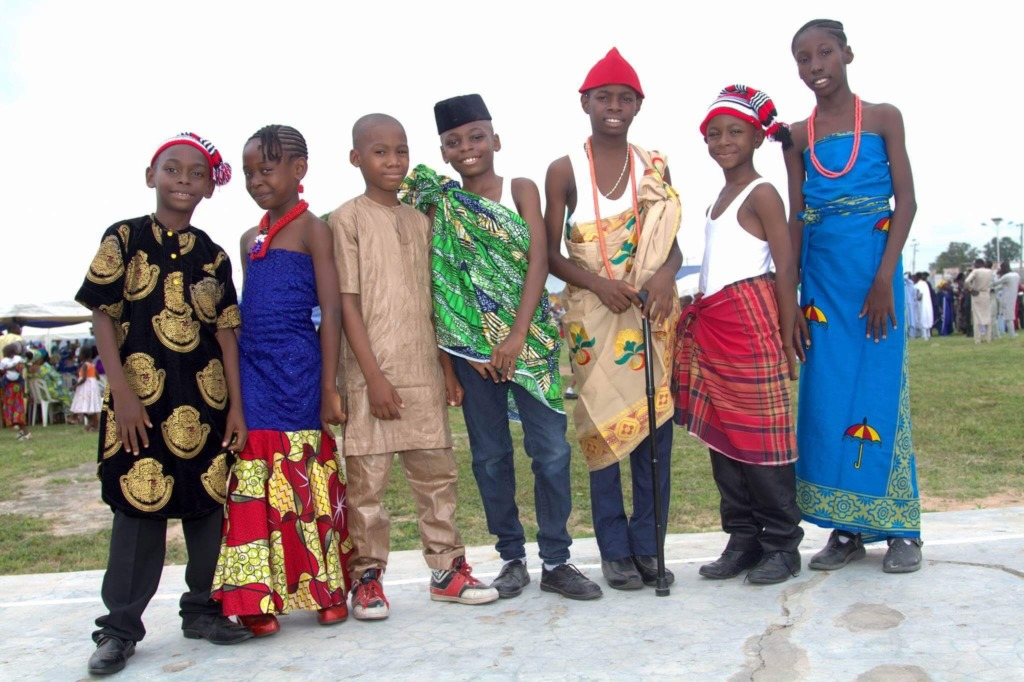 Kids at the ceremony in traditionally attire.