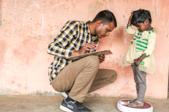 Provide Life saving vaccines in Rural India