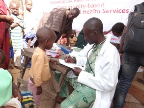 Abdullahi receiving malaria treatment