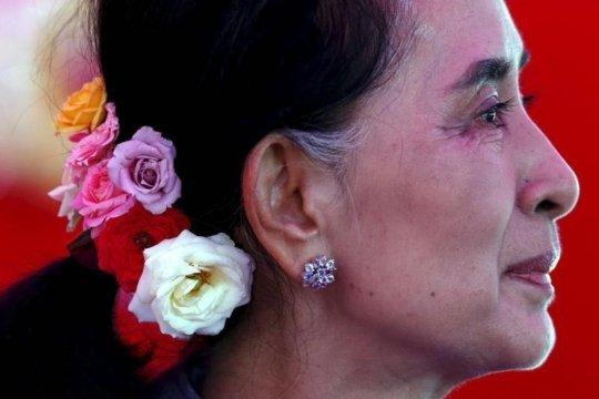 Aung San Suu Kyi - photo Reuters/Jorge Silva