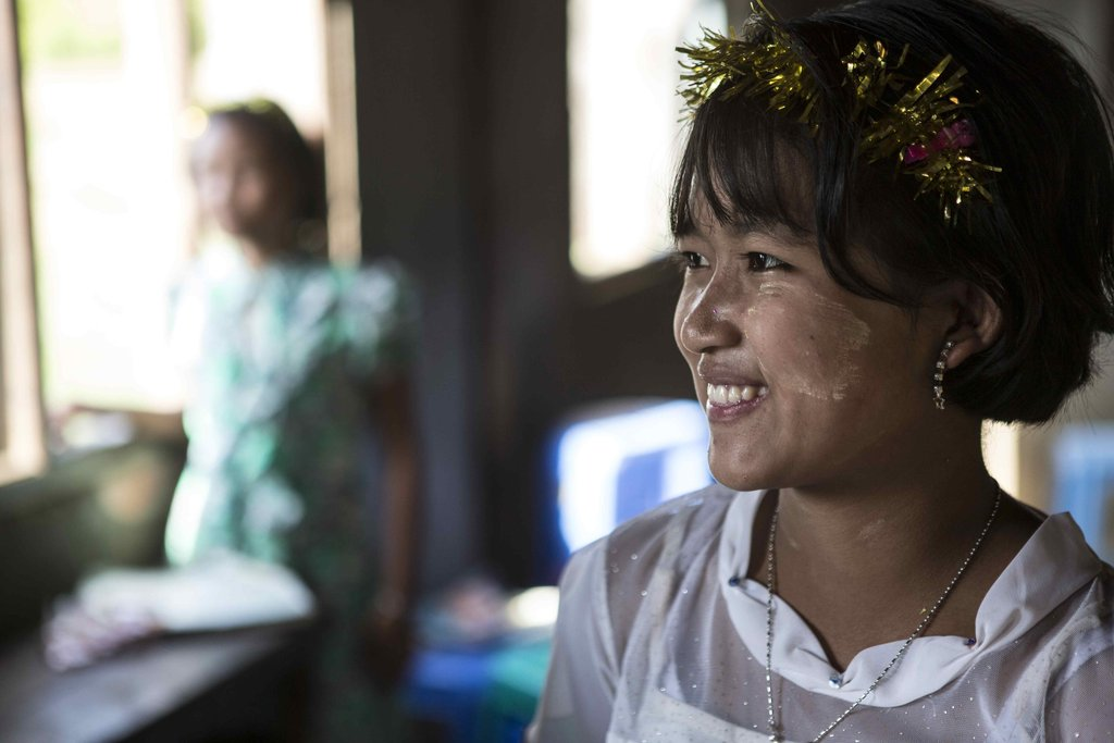 Build a girl leader in Myanmar