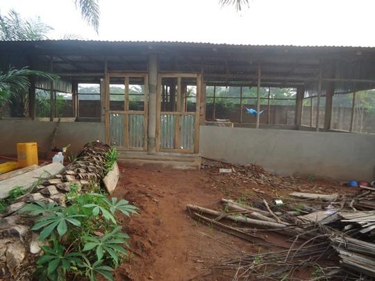 New hen-house 1