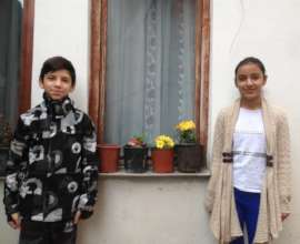 Siblings, Elham and Elhame