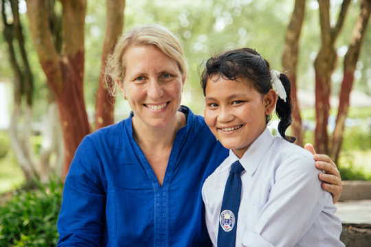 Nina and Sanju reunite at Sanju's new school.