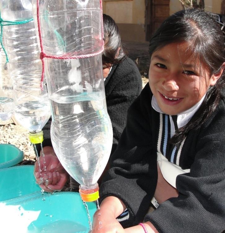 Miriam (12, Oruro) washing her hands