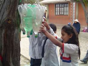 The hand washing unit in action