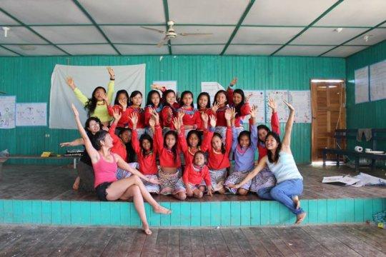 Group of girls and facilitators at Paoyan