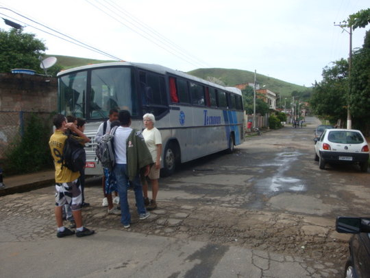 The bus arrives at school.