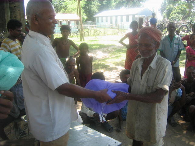 MOSQUITO NET TO THE 600 POOREST FAMILIES IN NEPAL
