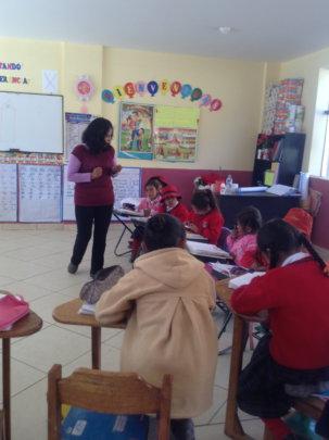 Teacher instruction her class