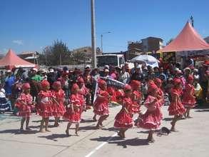 CW girls dance typical coastal Peru Negro dance