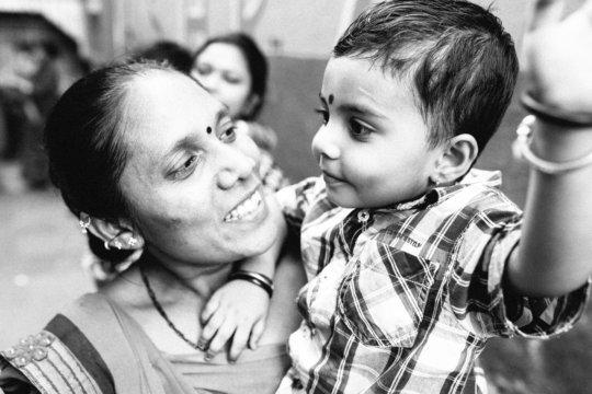 Pinchu (mother) and Priya (daughter)