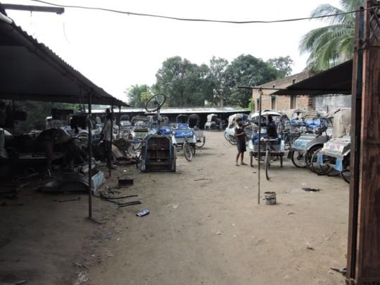 Amit Rickshaw Garage