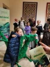 Children posing with Dragon of Bethlehem