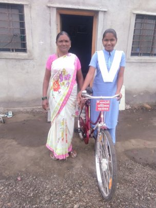 Akanksha with her Mother