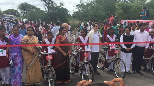 Mann Deshi gave 100 bicycles to school girls