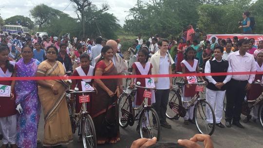 Mann Deshi gave 100 bicycles to school girls