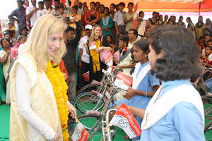Ms. Lael Brainard, interacting with Bicycle Girl