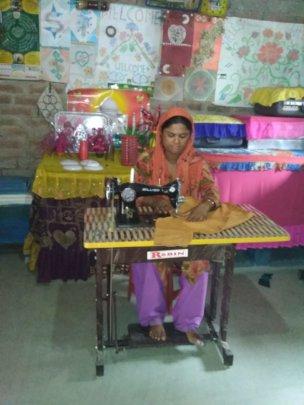 Shakila from village Daula