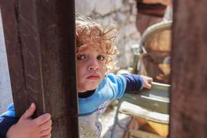 Give Food Vouchers to 500 Syrian Refugee Families