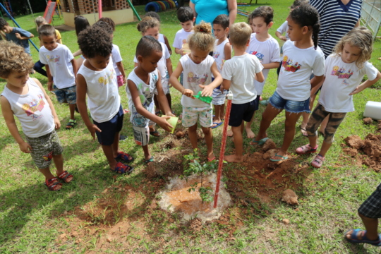 1 of 10 school orchards in Brazil to kick of 2018!