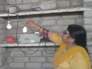 Dr. Rekha Saxena, President, SED checking the syst