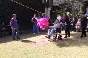 "One of the pacients' best amusement: ""Pinata"""