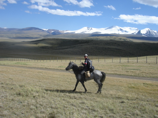 An Altai guide on the Ukok Plateau