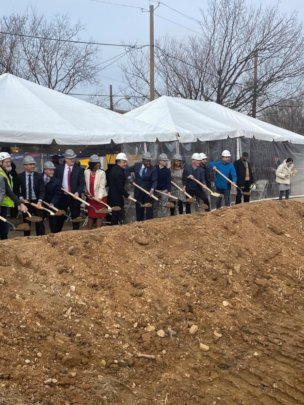 Groundbreaking at 1550 1st St. SW DC