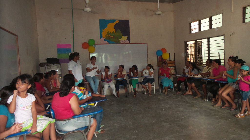 Empower 100 vulnerable Colombian families