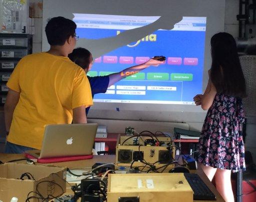 Student designers test wand controls