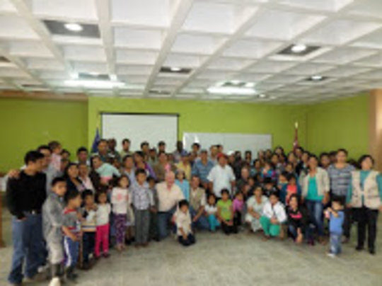 Families learning agriculture for nutrition