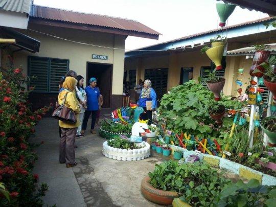 Salih Yusah ES  garden made by teachers & parents