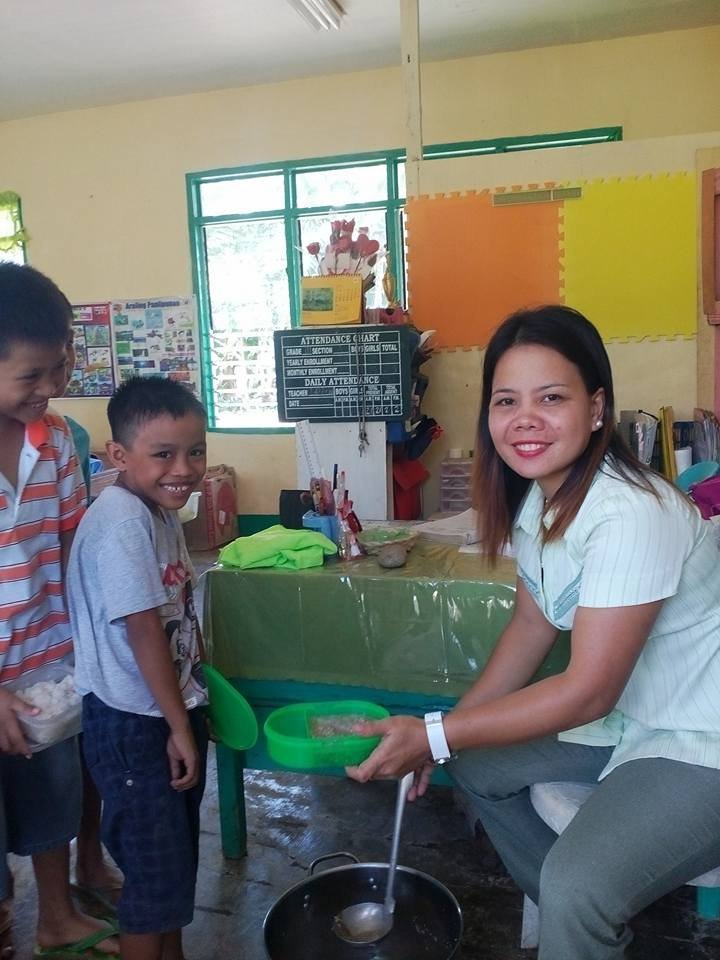 Maindang Elementary:  Healthy Food/ Clean Water