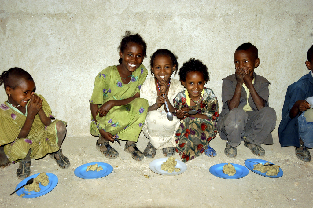 WFP Providing Food to Children in Ethiopia Through School Meals