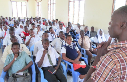 Kenya Keys alumni return to mentor new students