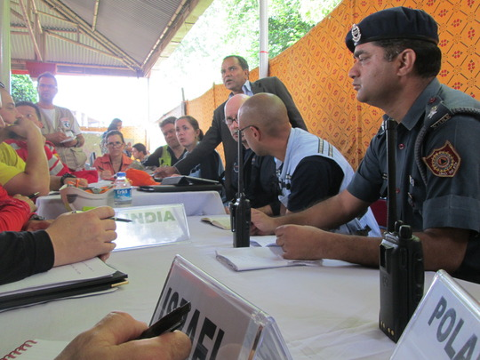 Meeting with rescue teams