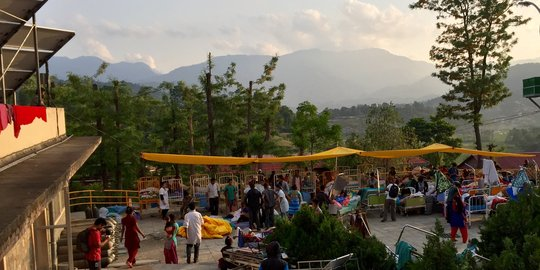 Outdoor clinic in Nepal