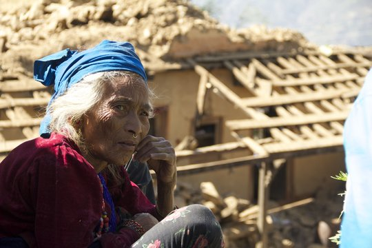 Diksani lost her home and needs emergency shelter